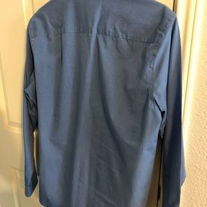Van Heusen Shirts - Van Heusen long sleeve dress shirt